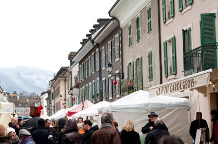 marche-noel-carouge_dec2013.jpg